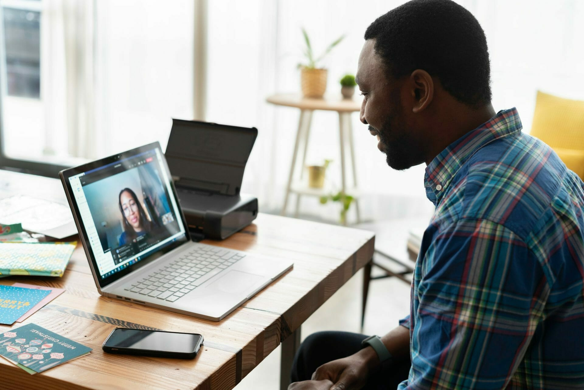 Managing Remote and Hybrid Workers